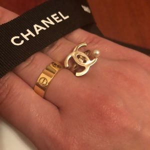 Chanel Pearl Ring - Never Worn